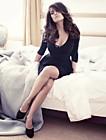 Фотосессия Сальмы Хайек от фотографа Алекса Любомирского для сентябрьского Vogue в Германии
