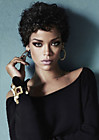 Рианна (Rihanna) в фотосессии Терри Циолиса (Terry Tsiolis) для журнала Glamour (ноябрь 2013)