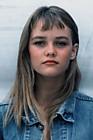 Ванесса Паради (Vanessa Paradis) в фотосессии Бернара Лелу (Bernard Leloup) (1987).