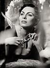 Надежда Грановская (Nadezhda Granovskaya) в черно-белой фотосессии в стиле ретро
